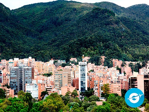 Vuelo a Bogotá en oferta. Pasaje Aéreo barato a Bogotá. Colombia.