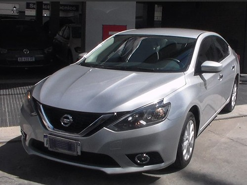 Nissan Sentra 1.8 ADVANCE 2017