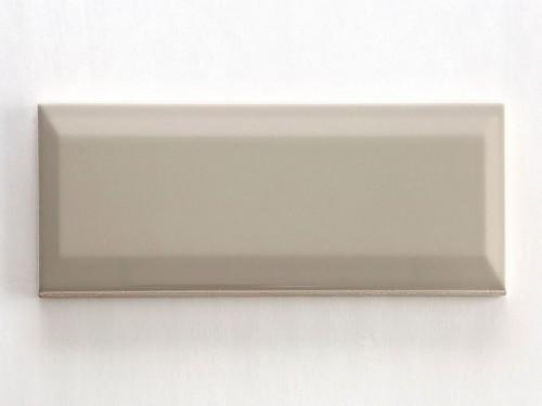 Revestimiento Biselado Beige 7,5x30 Cm.