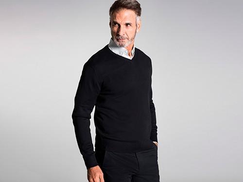 Sweater Básico Escote en V
