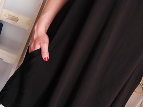 Vestido Corto de Mujer Negro con Bolsillo