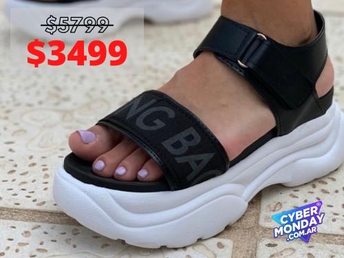 Sandalias de mujer Coming Negro Araquina