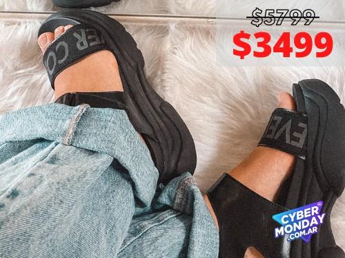 Sandalias de mujer Coming Full Negro Araquina