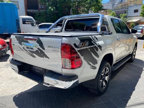 Toyota Hilux SRX AT - 0KM