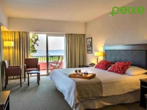 Hotel + desayuno + spa + pileta cubierta en Howard Johnson Chascomús