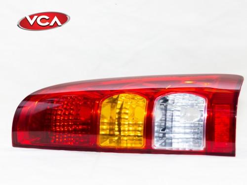 Faro Trasero Izquierdo Toyota Hilux 2005/2011