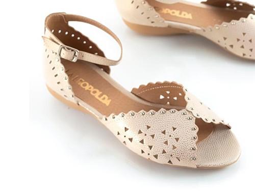Sandalias bajas caladas platino Alesia