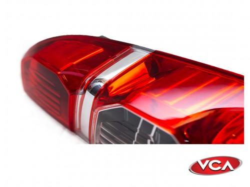 Faro Trasero Derecho Hilux 2012/15 C/Porta lampara Importado